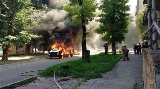 Взрыв машины карателя и депутата Чернявского в Каменском