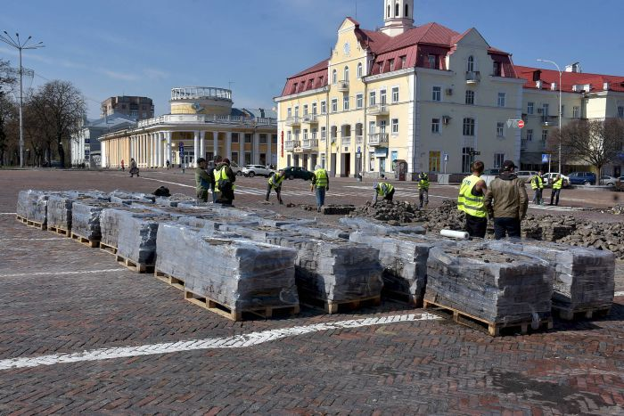 Реконструкция Красной площади, Чернигов