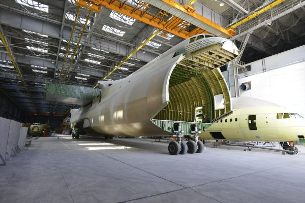 Недостроенный Украиной второй Ан-225