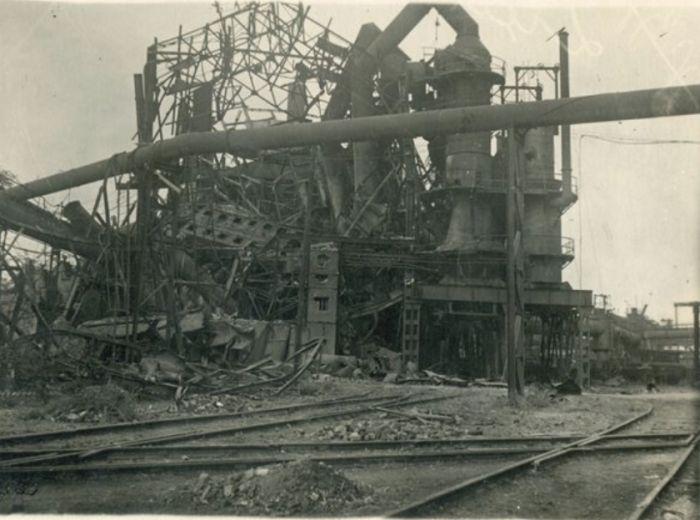 Разрушенный завод «Азовсталь»