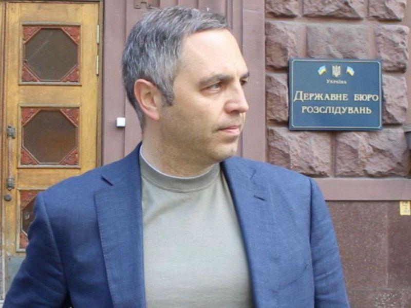Андрей Портнов возле ГБР