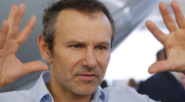 Святослав Вакарчук призвал голосовать «не по приколу» – и не угадал настроений общества
