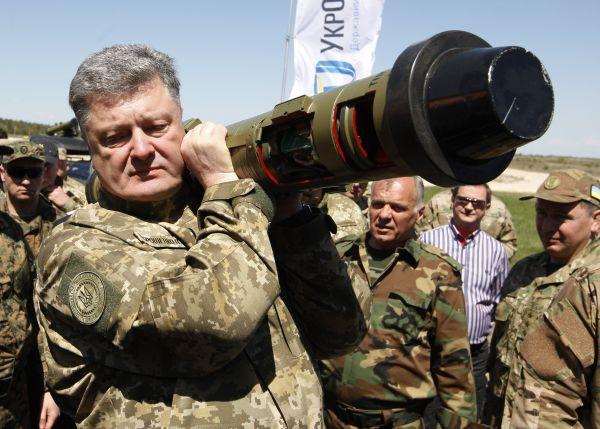 Пётр Порошенко готов бесконечно воевать «с Россией»