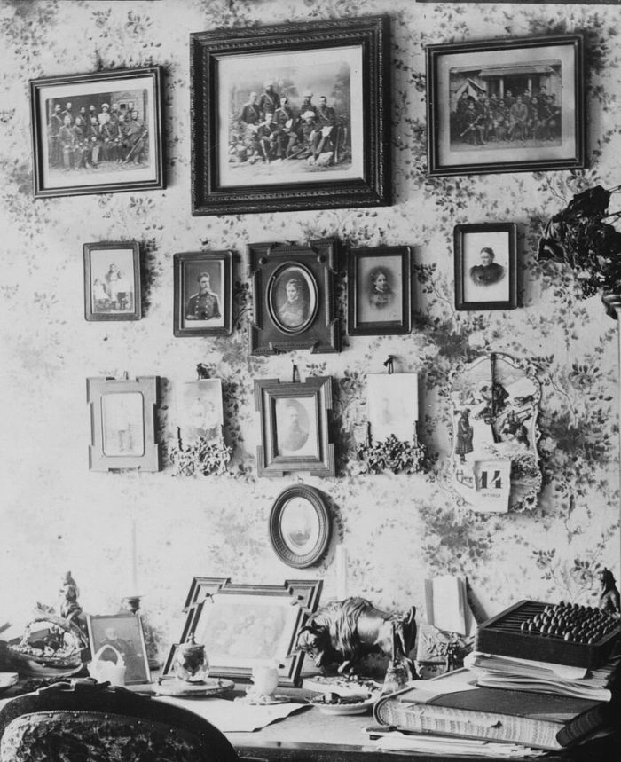 Кабинет адмирала В.С. Завойко в с.Великая Мечетня. Фото начала ХХ века.