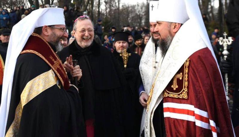 Украинские униаты и пцушники на пути к объединению