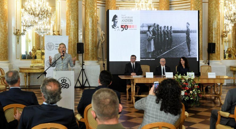 Дочь генерала Андерса на конференции Польского института национальной памяти