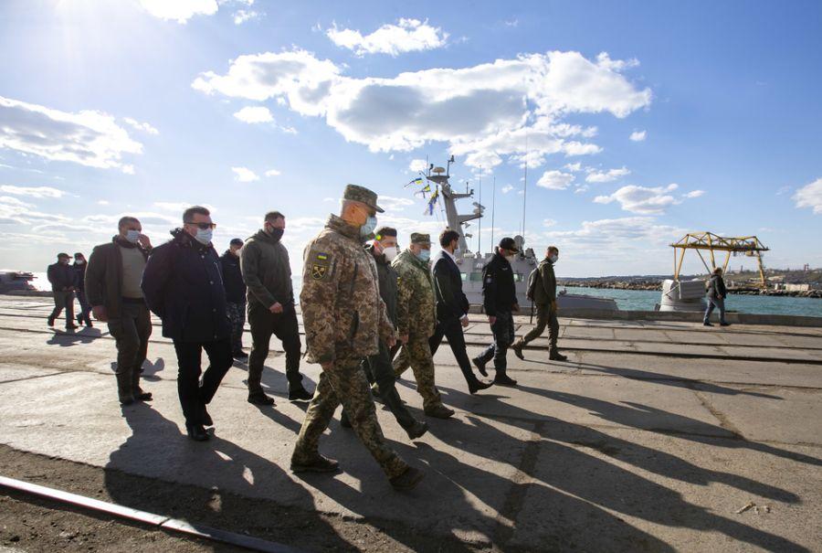 Зеленский собрался строить базу ВМФ в Бердянске