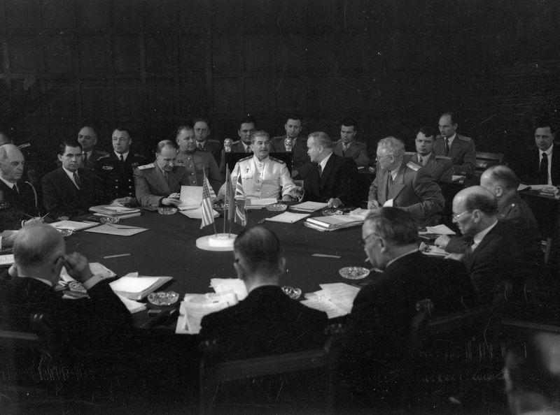 Потсдамская конференция, Е. Халдей