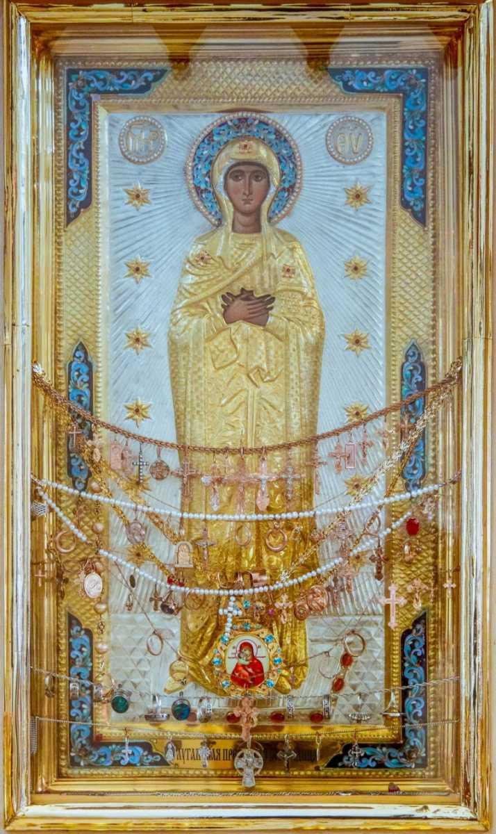 Икона Божьей Матери «Луганская» в Свято-Петропавловском кафедральном соборе Луганска