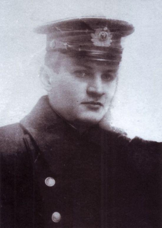 Старший лейтенант Константин Ольшанский
