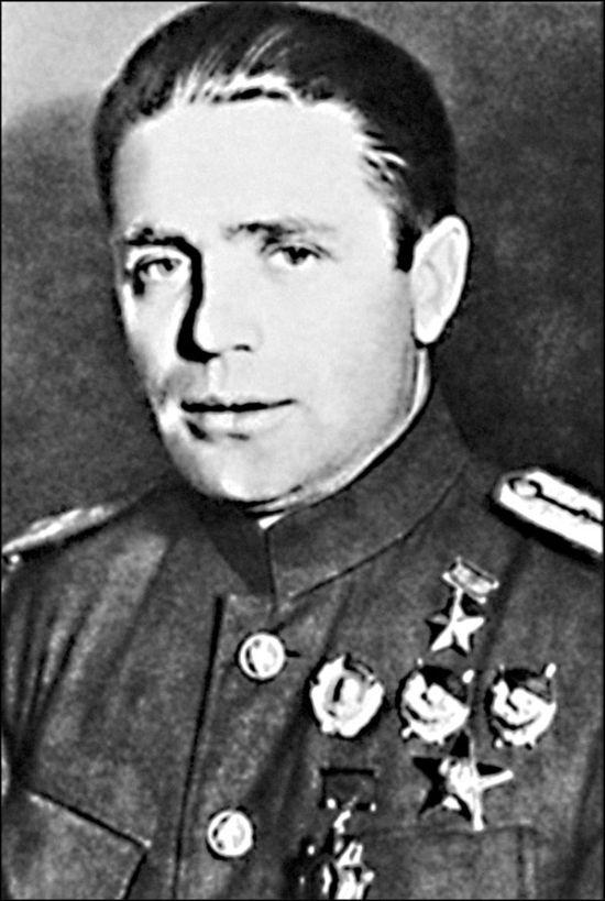 Немецкий агент Таврин в форме майора Красной Армии