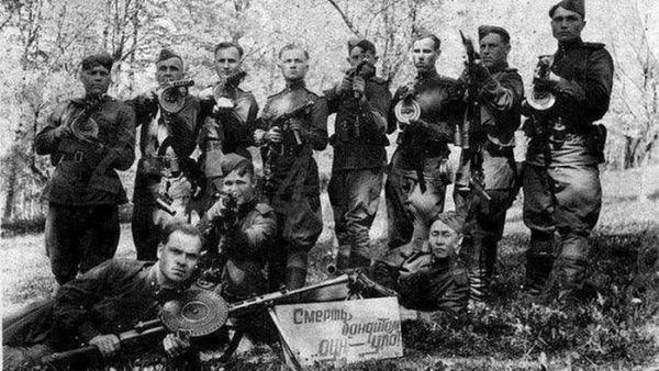 Отряд смершевцев в поисках бандеровцев