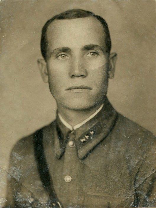 Михаил Наумов, старший лейтенант. 1940 г.