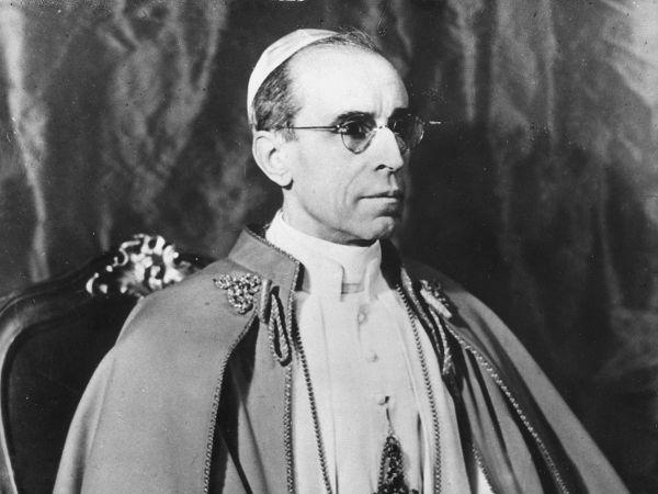 Римский папа Пий ХII