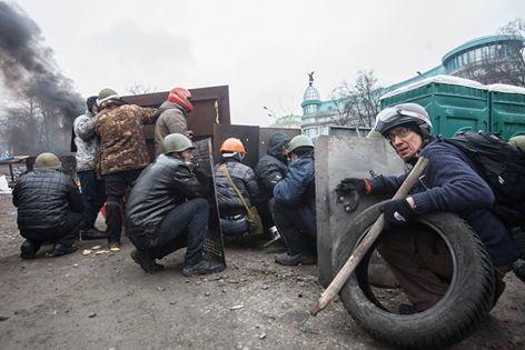 Американец Марк Паславский, племянник Мыколы Лебедя, на ул. Институтской в Киеве 20 февраля 2014 г.