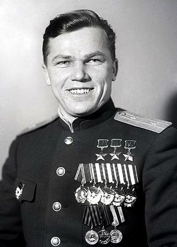 Самый выдающийся лётчик-истребитель в мировой истории Иван Кожедуб