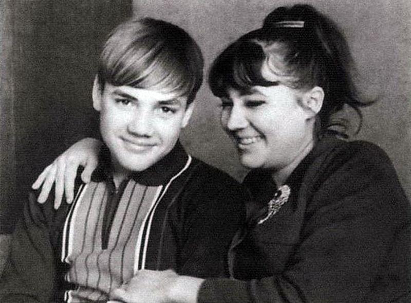 Сын Ивана Кожедуба Никита и дочь Наталья