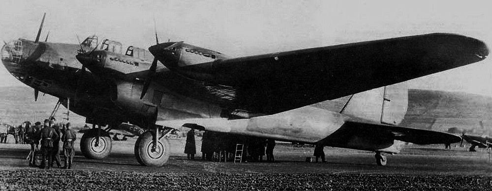 Советская «суперкрепость» «АНТ-42», он же «ТБ-7», он же «Пе-8»