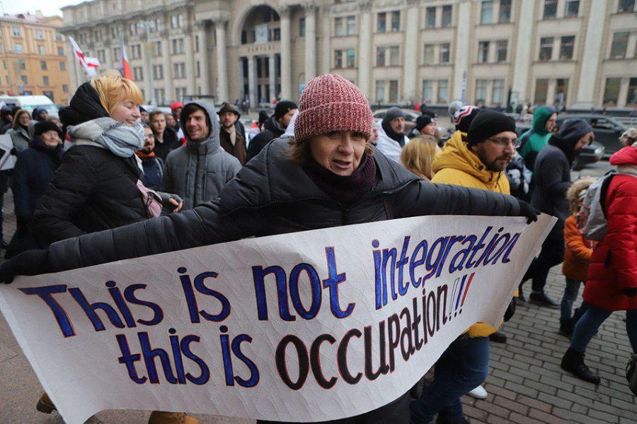 Если националисты встанут во главе протеста, дальше всё покатится по этой дорожке