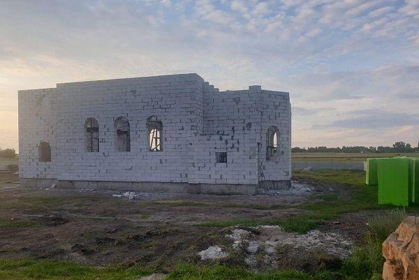 Растёт новый храм в селе Анновка на Ровенщине