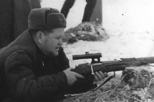 Василий Зайцев на боевой позиции