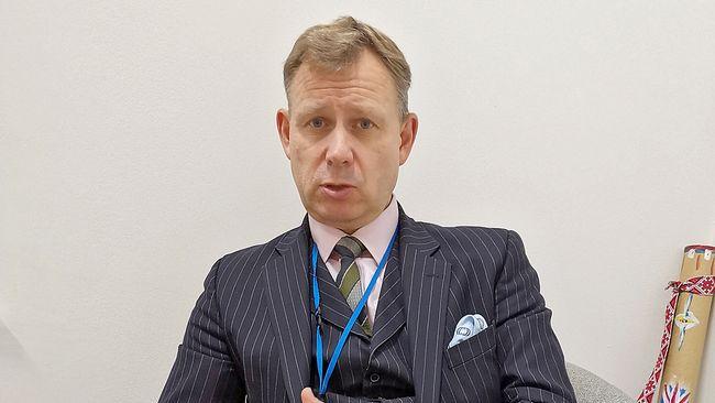Военный атташе посольства Великобритании Тим Вудс