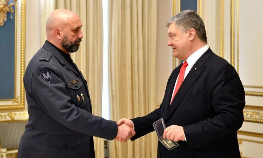 С. Кривонос и П. Порошенко