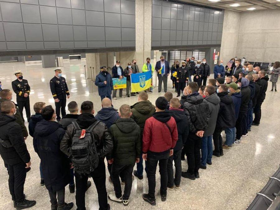 Украинские экипажи «Айлендов» прибыли в Балтимор