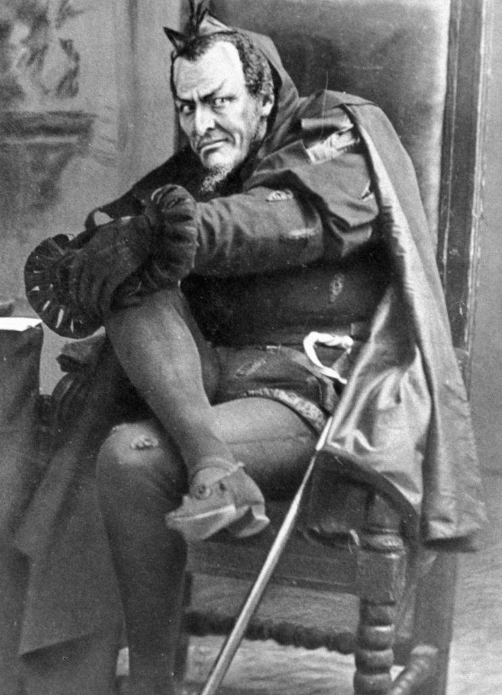 Фёдор Шаляпин в образе Мефистофеля