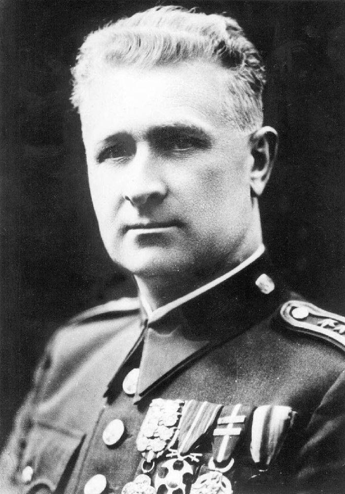 Людвик Свобода, заместитель командира 1-го Чехословацкого отдельного батальона