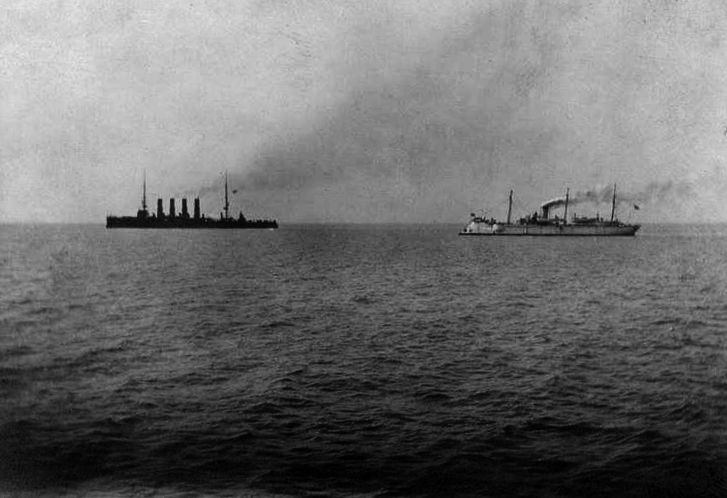 «Варяг» и «Кореец» идут в бой. 27 января 1904 года