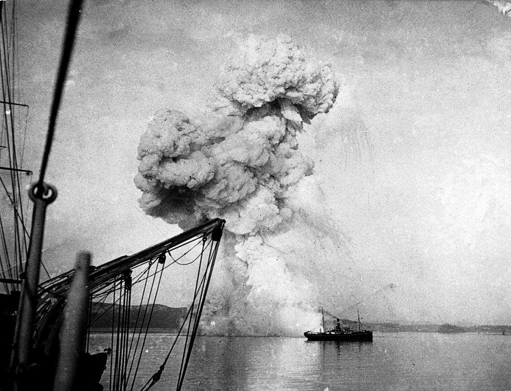 Взрыв канонерской лодки «Кореец»