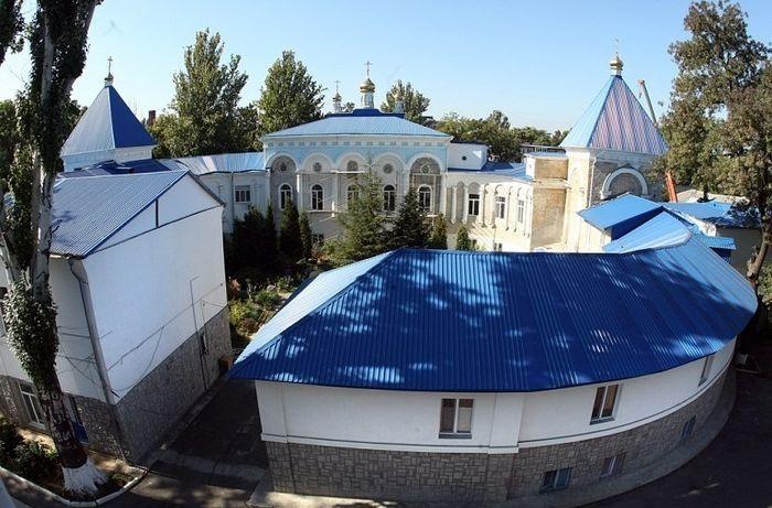 В Свято-Михайловском монастыре Иван Петрович подвизался в последние годы жизни