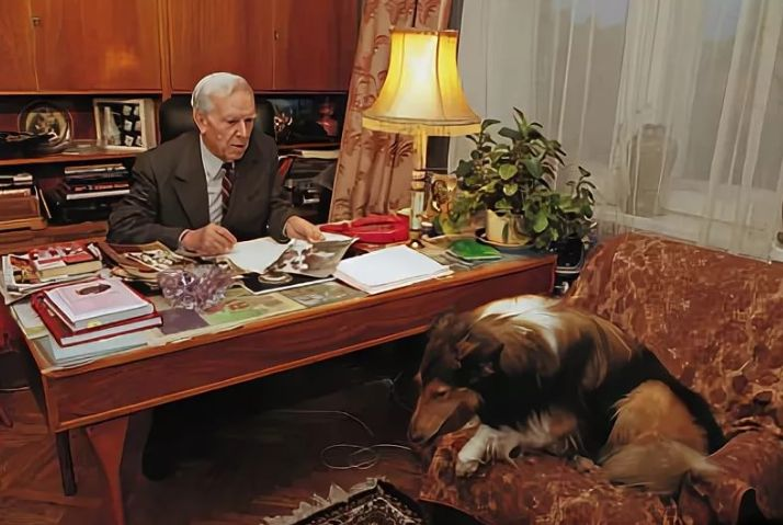 В последние годы жизни экс-глава КГБ часто давал интервью