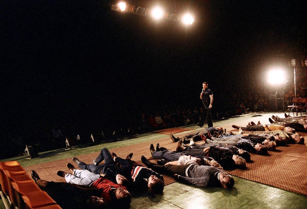 Анатолий Кашпировский проводит сеанс исцеления