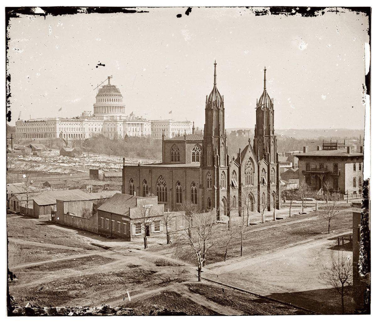 Вашингтон, 1863 год. Даже по фото видно, что кое-где ещё «квакают лягушки»