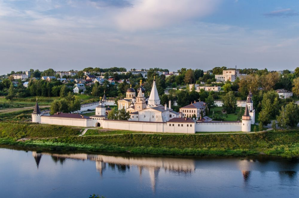 Свято-Успенский монастырь г. Старицы