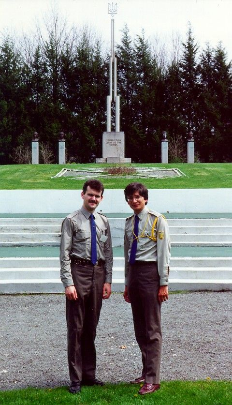 Глава СНУМ-СУМ Игорь Деркач (слева) и будущий глава Всемирного конгресса украинцев Евген Чолий в США