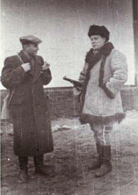 Ростислав Волошин (справа) с руководителем СБ ОУН Арсеничем