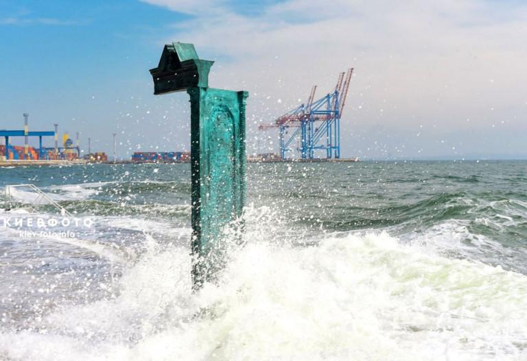 Одессу предложили отапливать холодным зимним морем